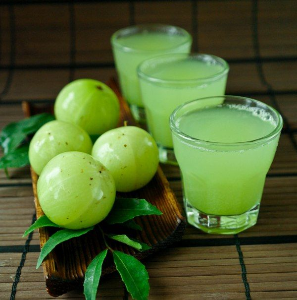 Amazing health benefits of amla juice / nellikai juice