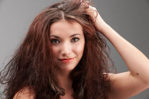 Best natural home remedies to treat itchy scalp