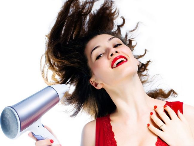 Habits that causes your hair split ends - how to avoid split ends