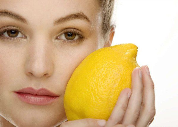 Simple home remedies to treat oily skin