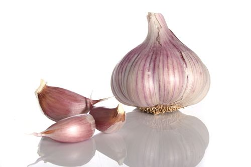 Surprising health and medical benefits of garlic