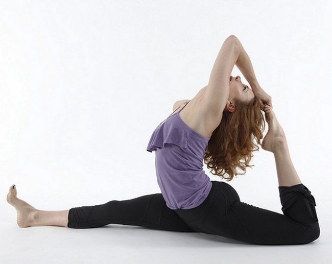 Top yoga poses to increase the metabolism and lose weight