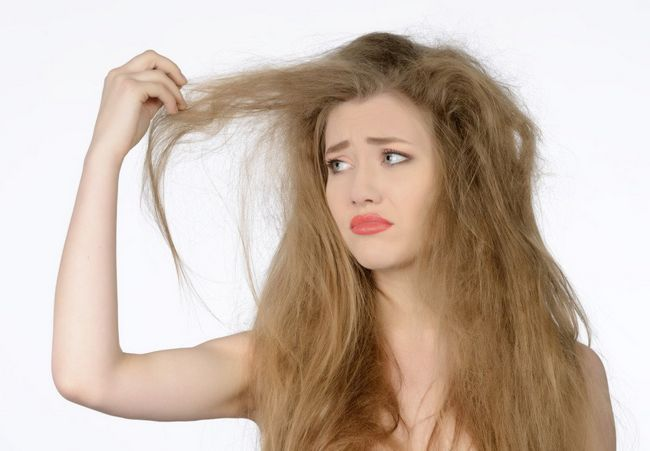 woman-with-dry-hair-1