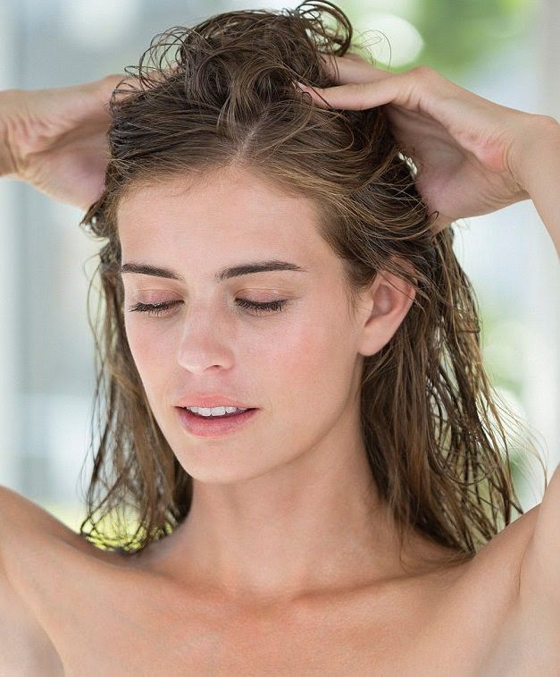 Why conditioning hair before shampoo is important